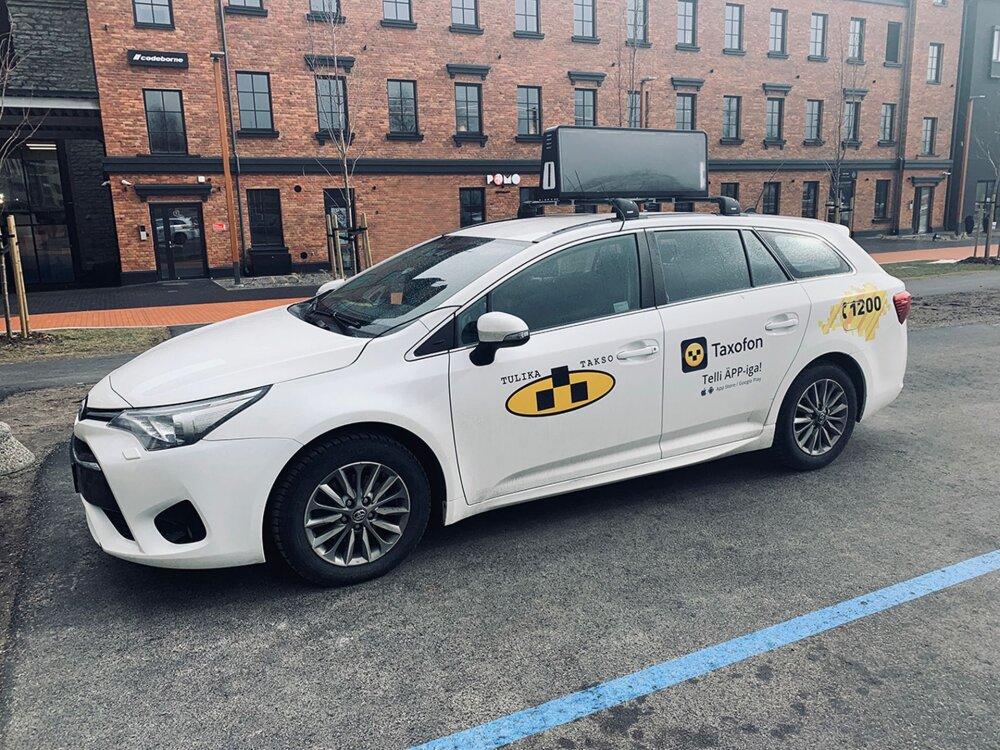 7c6fe9cf682 Eesti idufirma reklaamilahendus jõudis taksodele