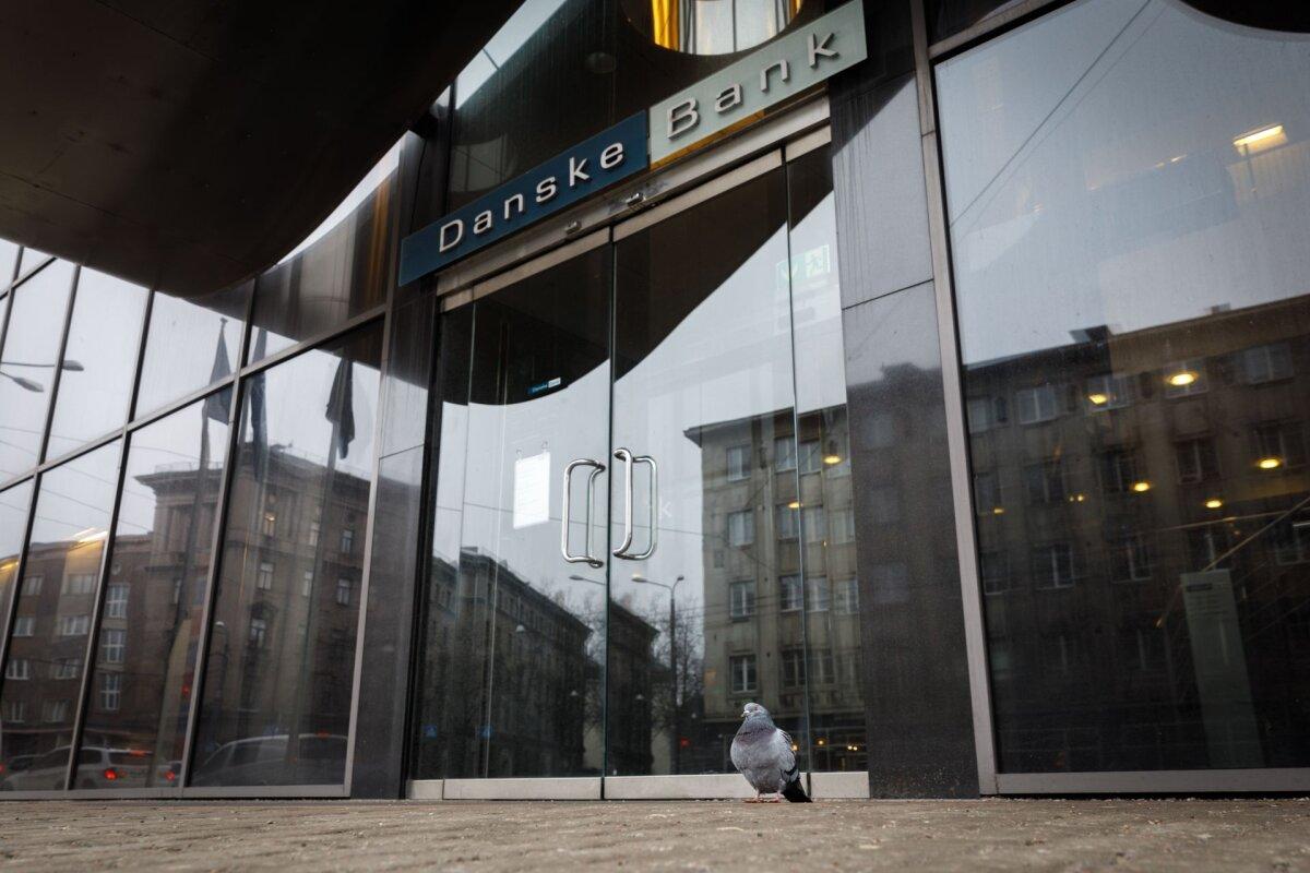 Danske Bank lõpetab ajutiselt uute töötajate palkamise