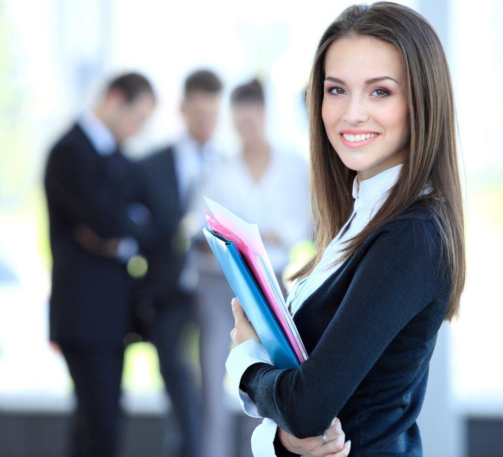 3aec2a592d2 Miks ilus naine tööle ei saa?