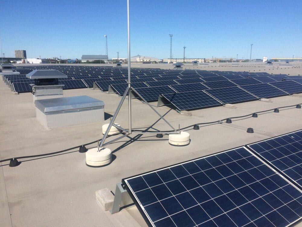 Vaatamata eestlaste pidevale nurinale, et päikest on vähe, oleme tegelikult geograafiliselt hea paik päikeseenergia ammutamiseks ning uuendusmeelsed ettevõtjad