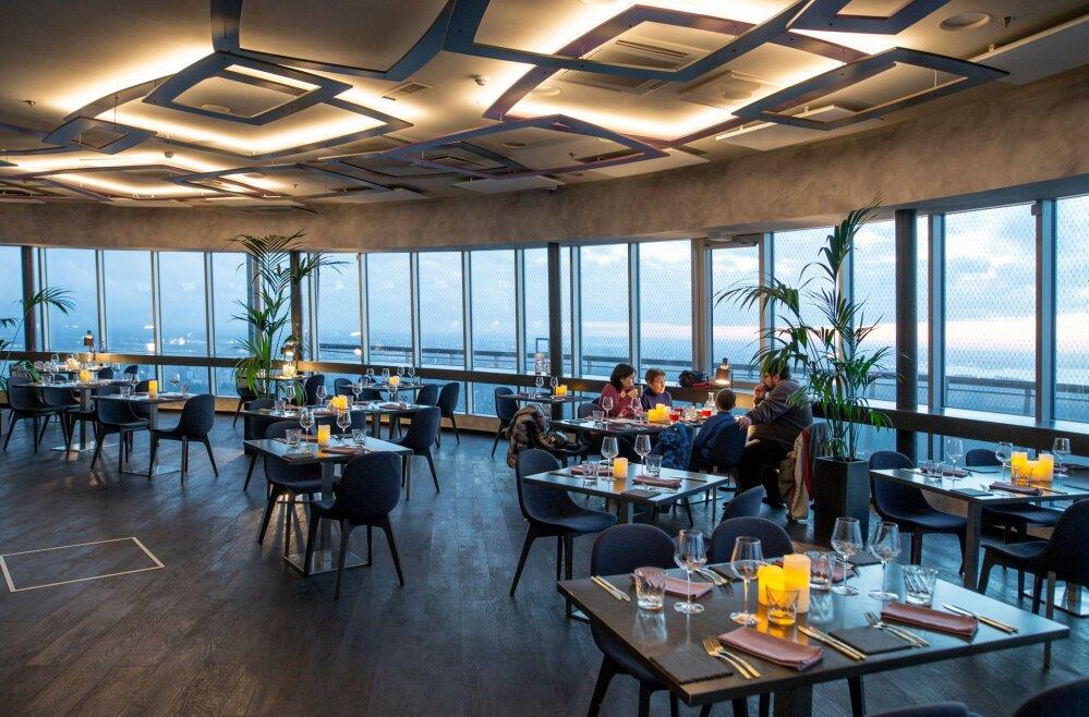 a9623a43f92 Restoranitest: õhtusöök taevastes kõrgustes